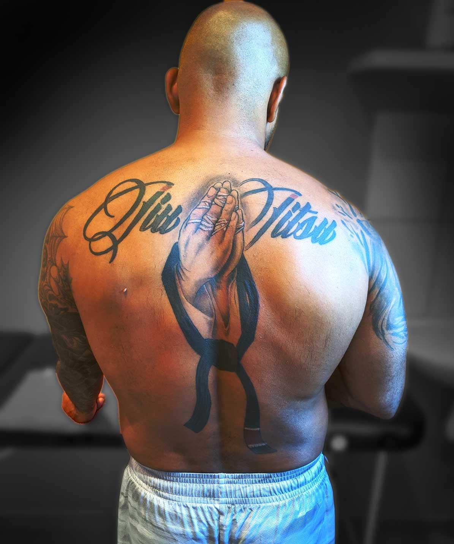 tattoo ,back ,jiu-jitsu ,dos, mains prière ,ceinture noir JJB